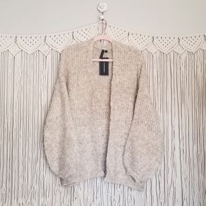 Moon & Madison balloon sleeve open front cardigan